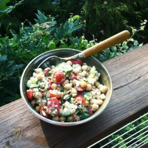 A fresh garden salad for the chick-pea lovers! - Laurie ...