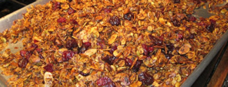 Homemade Granola for the Holidays!