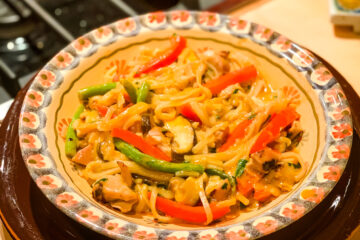 Easy Red Curry Noodles with Chicken