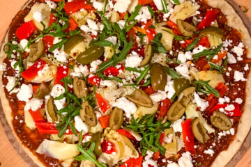 Easy Mediterranean Cauliflower Pizza